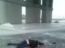 Челнинцец разбился на льду, прыгнув с моста высотой в 30 метров.