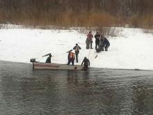 Челнинские спасатели нашли утонувшего подводного охотника - работника 'Нижнекамскнефтехима'
