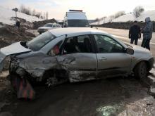 В ДТП на автотрассе 'Елабуга - Пермь' погибла молодая мама - одна из ее дочек в реанимации