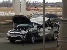 За сутки в Челнах автомобили сбили 2 девочек - на местном проезде и на пешеходном переходе