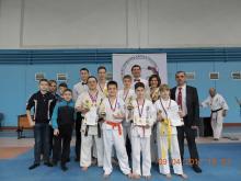 Челнинские юные мастера каратэ приехали из Оренбурга с 4 первыми местами