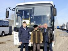 Компания 'РариТЭК' передала автобус Театру танца 'Мгновение' для поездок на гастроли