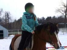 Погибшая в Нижнекамске девочка занималась конным спортом, поэтому конюх ее не сопровождал
