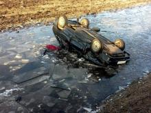 В Татарстане водитель на 'ВАЗ-2114' вылетел с трассы, перевернулся и погиб