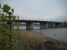 Молодые челнинцы сняли на видео свои прогулки под мостом в поселке ГЭС