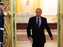 Путину нужно избавлять Россию от системы 'ручного управления', если он будет переизбран президентом