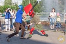 В Набережных Челнах провели бал и рыцарский турнир